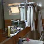 Room 404 bath