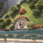 l'entrée de l'hotel vue du dessus