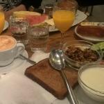 Café Aalto Musicians and Poets Breakfast