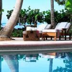 Little Palm Island pool