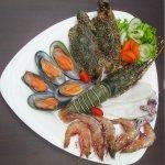 seafood basket 4
