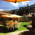 Un pequeño paraíso a las afueras de la cuidad, buena atención y muy agradable cocina, imperdonab