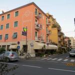 Photo de Hotel Fortuna