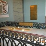 внутри собора - усыпальница русских императоров и членов их семей