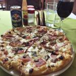 Foto de Tito's Pizza