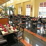 美拉瓦金色精品酒店