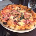 Pizza reine un delice