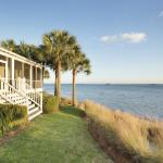 Photo de The Cottages on Charleston Harbor