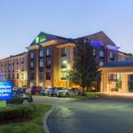 Holiday Inn Express and Suites, Auburn, Massachusetts