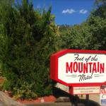 Foot of the Mountain Motel