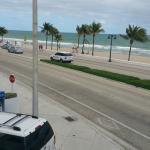 praia em frente do Hotel Snooze