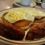 Tom's Restaurant의 사진