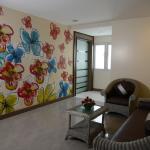 Guest floor lounge