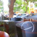 ccd rs puram, coimbatore (view of the outdoor seating)