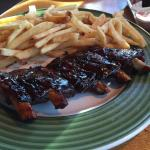 Poor excuse for a half rock of ribs. Sad that they served this.