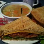 Zdjęcie The Roster Sports Club Bar & Grill
