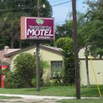 Tropical Gables Motel