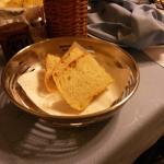 Pane a tavola per 3 persone