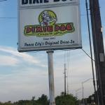 ‪Dixie Dog Drive-In‬