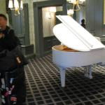 white grand-piano at Reception
