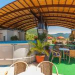 Top Terace with pool