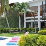 Area de piscina. HC Liri Hotel.