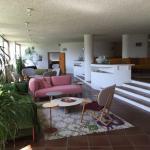 Lobby - 70er Jahre Architektur. Möbel teils Originale