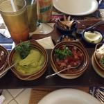 Chiken fajita with smash frijoles and advocado