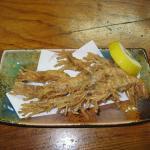 ガサエビの唐揚げは内臓部分が味噌状になっていて美味!