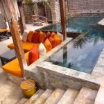 private plunge pool at villa 25