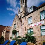 Hotel Koffieboontje is located next to the Belfry of Bruges