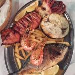 Nikos Restaurant Foto