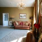 Suite (Rm 9) Lounge