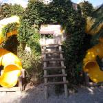 Temple avec tobogan espace enfant