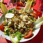 Délicieuse salade très copieuse
