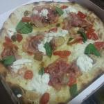 ภาพถ่ายของ Pizza Scilla