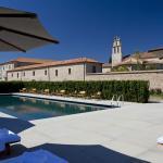 Santuario Outdoor Pool (149008516)