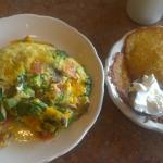 Veggie Omelet with Potato cakes