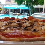 Blue Spice Reataurant Sept 2015 - Pizzas and pool