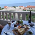 Middag på balkongen med vår underbara utsikt
