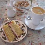 My fabulous wedge of homemade cake & fresh coffee (10/Sept/15).