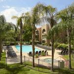 Photo de Embassy Suites by Hilton Hotel Phoenix - Tempe