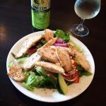 Greek salad with chicken and Somersby