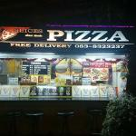 Pattaya Pizza Slices의 사진