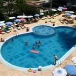Piękny basen na terenie hotelu