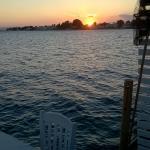 Ηλιοβασιλεμα απο την ταβερνα