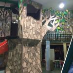 Hotel fantástico para crianças e adultos. Observar a escolha do quarto para não ter crise alérgi