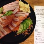 Salmon sashimi $85 per kilo.. Way too expensive.. Not even fine dining restaurant..