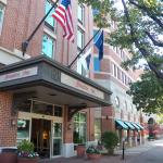 L'entrée de l'hôtel sur King Street.