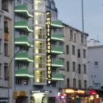 Hotelansicht von der Straßenseite